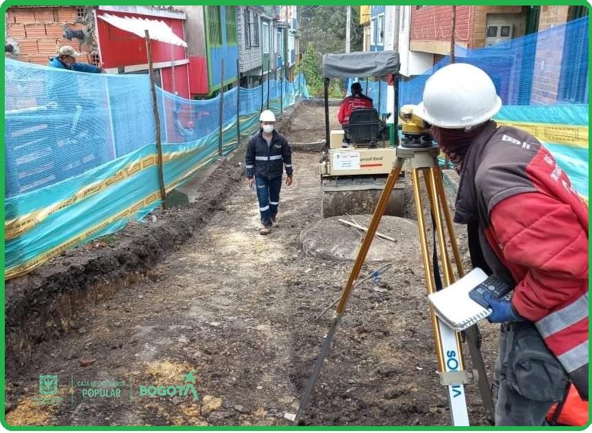 Obras de mejoramiento de barrios en el barrio La Flora, localidad de Usme.