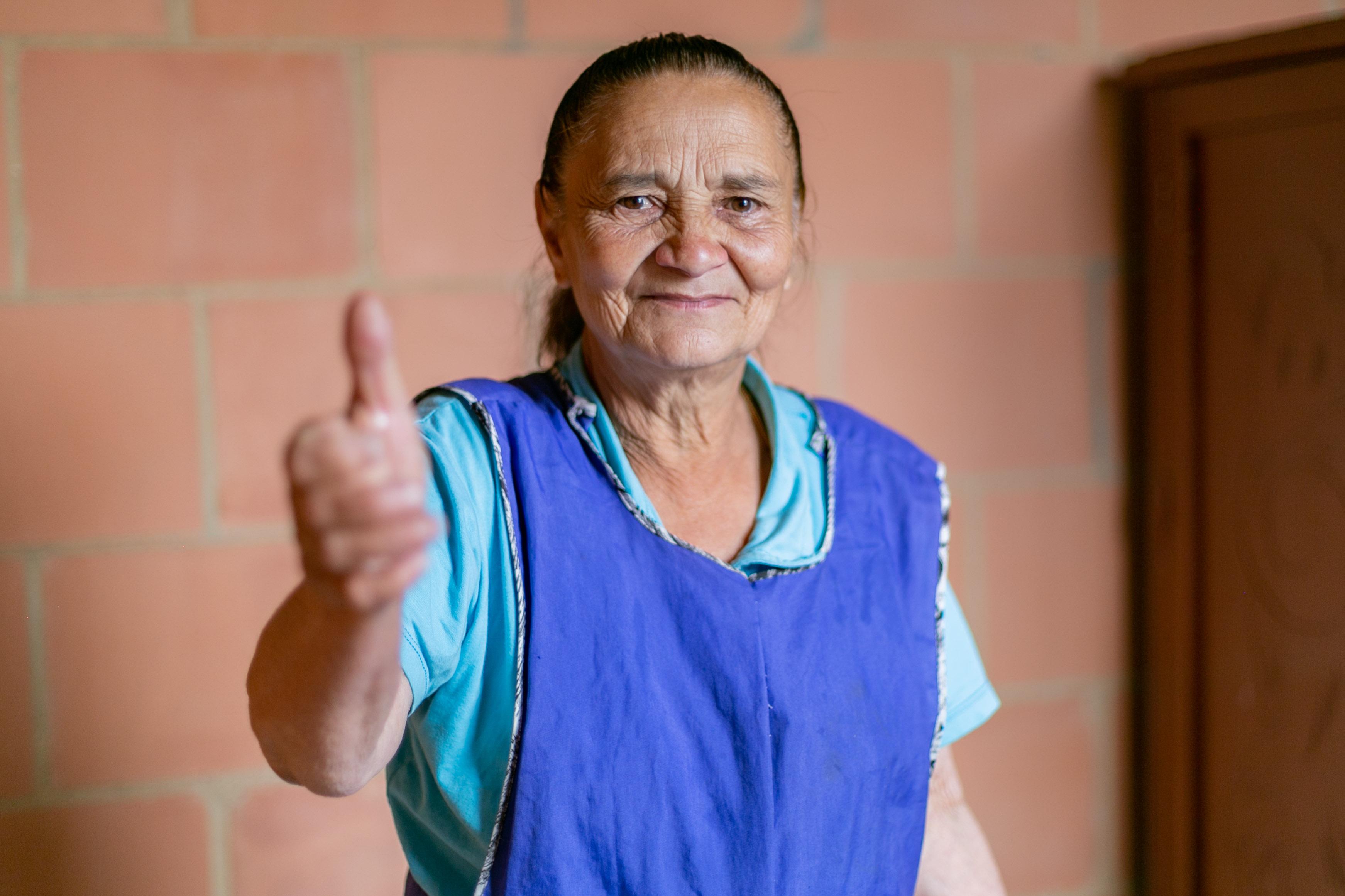 María Ríos, con apartamento nuevo después de vivir dos décadas en alto riesgo