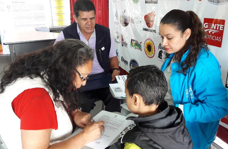 Más cerca de las familias que vivirán en Ciudad Bolívar